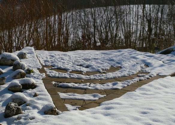 The spiral motif flip - melting from the quarry tiles first 2/01/12