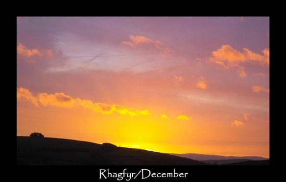 01l Rhagfyr December
